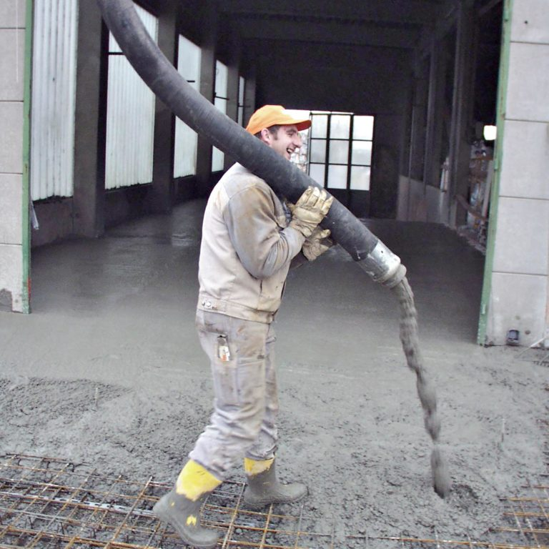 Gauder-bau-stuttgart-Hochbau Neubau Gewerbe Entsorgungsanlage REWE 02.2003-04