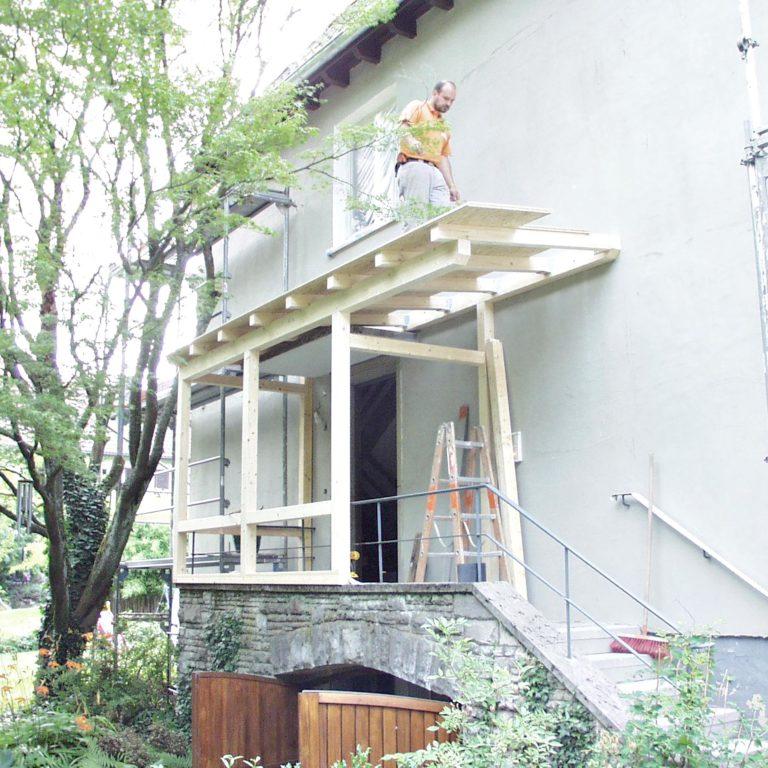 Gauder-bau-stuttgart-Holzbau Eingangsbereich Jordan Sonnenberg 07.2004-02