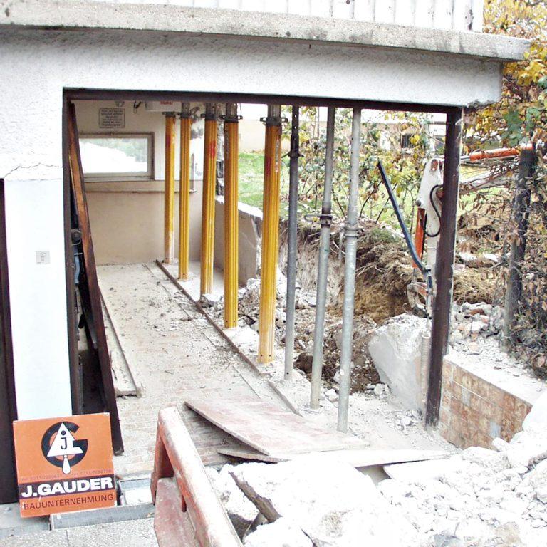 Gauder-bau-stuttgartTiefbau Sanierung Unterfangung Garage mit neuer Wand Schäfer 11.2003-02